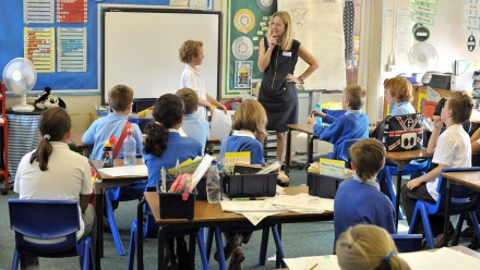 c11e4dc708452 من كتيب استخدام  كيف تُعرّف مدرستك بالتعلُم السريع (مدارس)